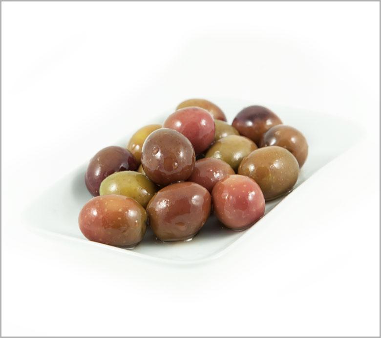 blonde-olives-amfisis-xanthies-elies-blikas